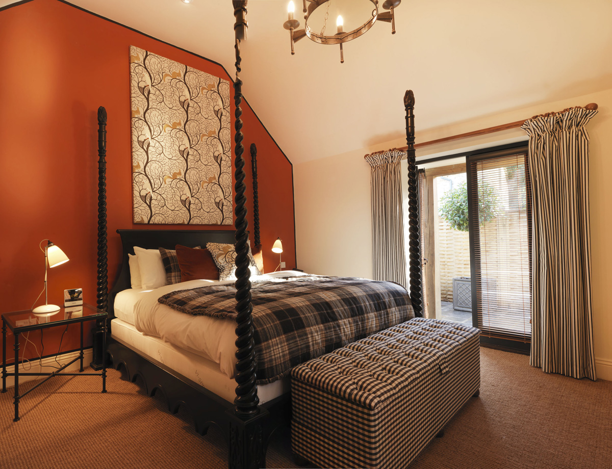 Polo Towers One Bedroom Suite Stay At The Hare And Hounds Hotel Tetbury